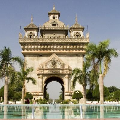 Laos patuxai victory monument-1