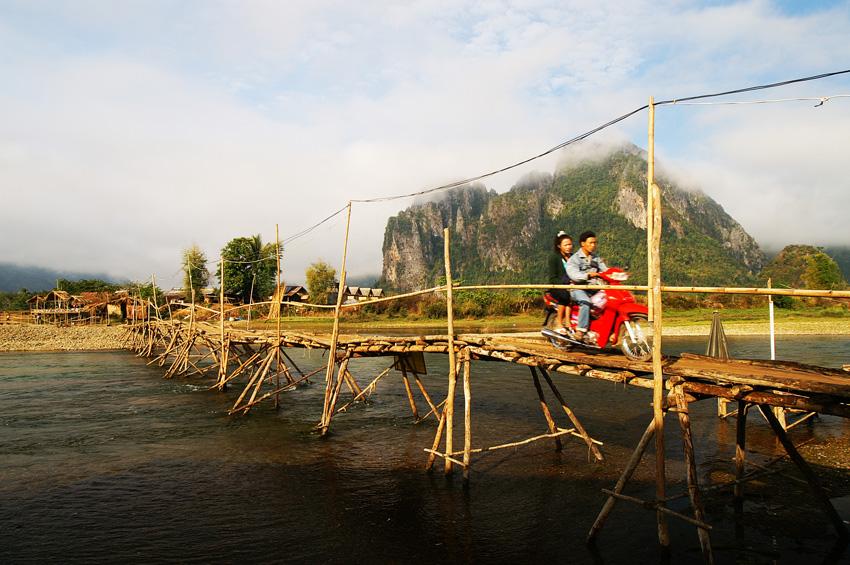 Laos unseen adventure tour 11 days laos tourism for Domon river guesthouse vang vieng