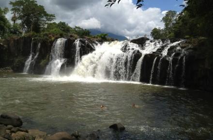 Tadlo waterfall in Pakse